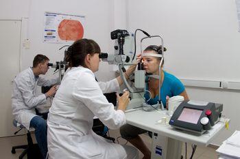 Как улучшить зрение после операции на сетчатку